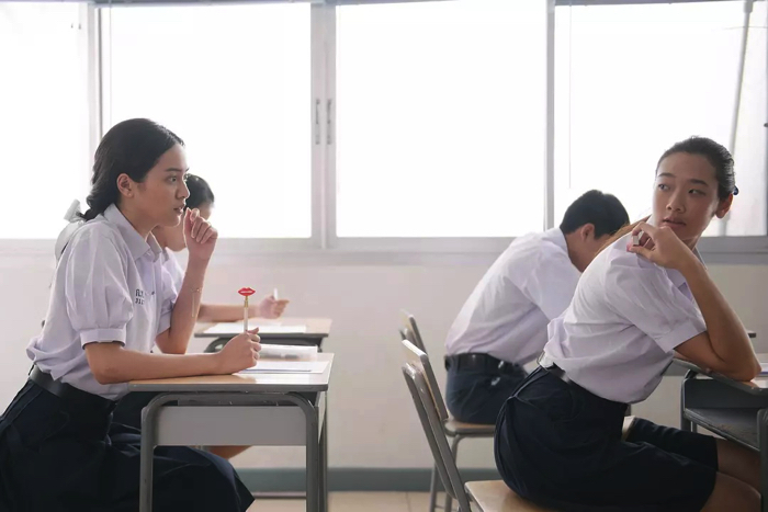"One scene of a trailer video from the movie ""Bad Genius (Bad Genius)"""