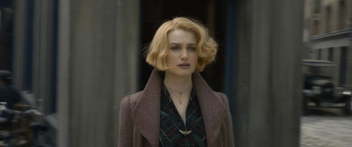 "Alison Sudol plays from the movie ""Fantastic Beasts: The Crimes of Grindelwald"", Queenie Goldstein"