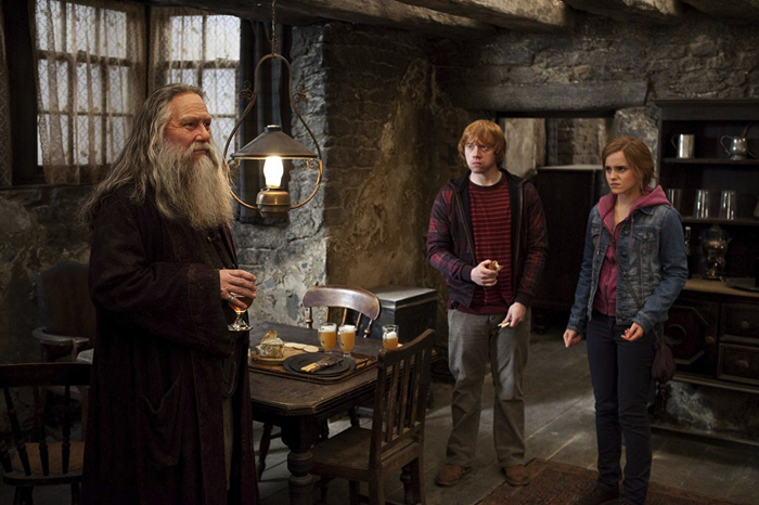 映画「Harry Potter and the Deathly Hallows – Part 2』より Aberforth Dumbledore